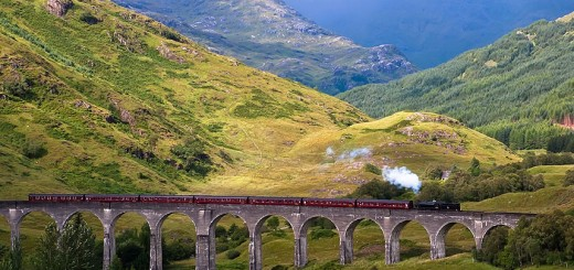 Glenfinnan Viaduct - train travel