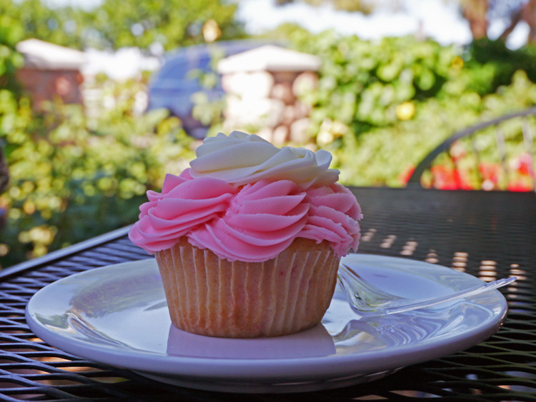 Cupcake from The Coffee Shop at Agritopia